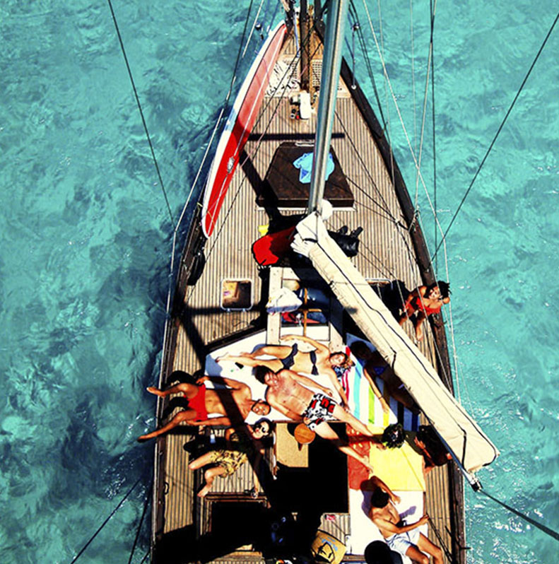 alquiler barco con patrón